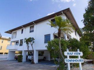 Gulfview Townhomes 1 ~ RA144566