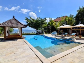Villa Dewata - Luxury with North Bali Beach