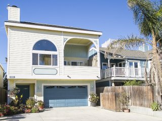 121 LA- 504580 Silverstrand Play House ~ RA147933