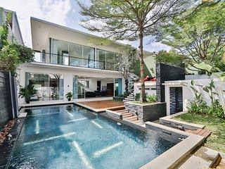 Villa Kayu Jati # 1 - Luxury in Seminyak's best Location