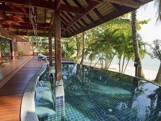 Villa Thai sur la plage , le luxe d'un hôtel 5 * …. dans une villa privée !