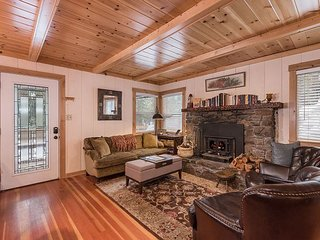 3BR, 1.5BA Carnelian Bay Home - Minutes to Skiing, Beaches, and Hiking Trails