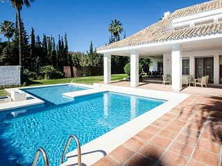 A Great Villa 16 in Puerto Banus for Short Term Rent