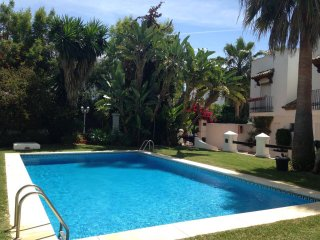 Townhouse 250 m From The Beach in Marbella Golden Mile!