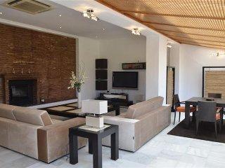 Superb Villa in Nueva Andalucia 5 minutes to Puerto Banus