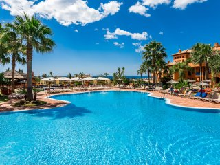 Сozy Apartment in the apart-hotel Pierre & Vacances Estepona****