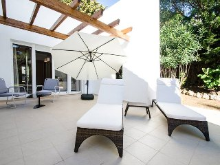 A Splendid Luxury Class Villa 14 in Puerto Banus for Short Term Rent