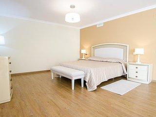 A Splendid Luxury Class Villa 14 in Puerto Banus for Short Term Rent