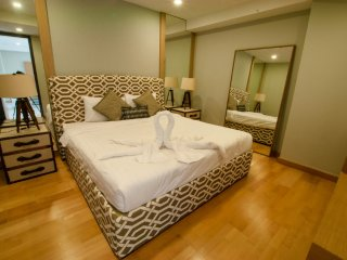 One-Bedroom Suite with SofaBed_7I Sea View Partial - Rocco HuaHin Condominium