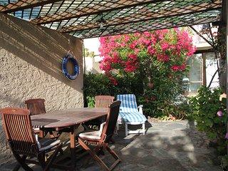 Beau studio avec jardin privatif dans residence a 50m de la plage (St-Florent)