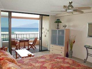 Junior Suite Oceanfront 307 ~ RA48812