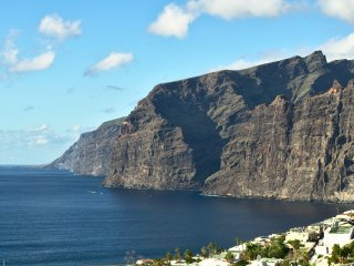 Los Gigantes,  spacious 1 bed apartment (sleeps 4)