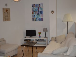Flors 1 Apartment (Sleeps 2) Situated in the heart of Miravet.