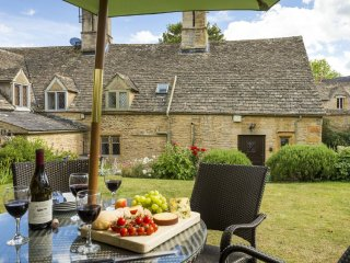 Rosemary Cottage  (Cotswolds)