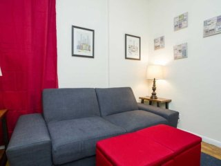 Upper East Side 2bdrs 1bath Urban (8263)