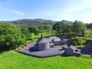 A beautiful cottage located in the welsh mountains - Gellilwyd Fach 490800