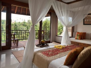 Ubud stunning resort, fabulous view to Ubud Valley