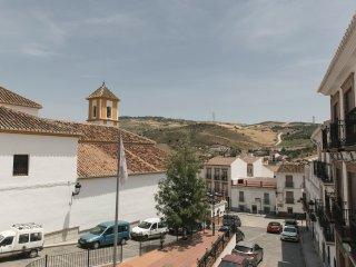Casa Clara, amplia casa de pueblo cerca del caminito del rey