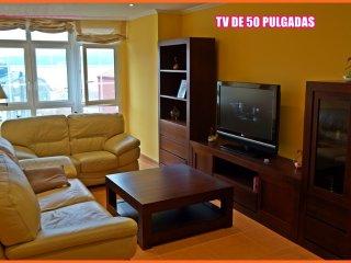 Apartamento nuevo en el centro, Playas y puerto muy cerca.