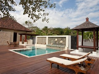 Uluwatu Guest House - Superior Room