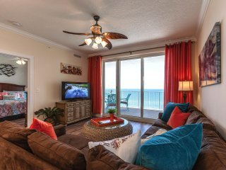 SHORE Is Calling. Answer! Elegant & Inviting 2BR Ocean Front Condo. Sleeps 9