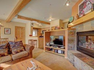 Twin Elk Lodge C10 ~ RA68243