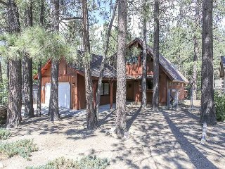 WALK  to LAKE! Great Location -  Close to SLOPES, LAKE & VILLAGE!