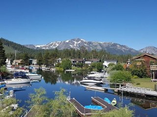 584 Alpine Mountain Views with a Boat Dock