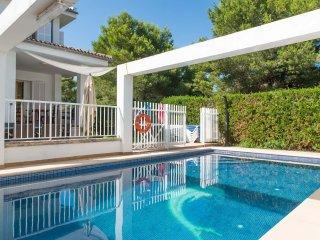 Villa Sirenas 2214 Playa de Muro  con piscina privada
