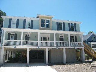 3B Hickory Lane - 5 Bedroom CUSTOM built house!