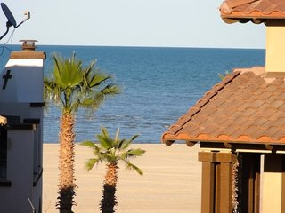 Beachfront house #68-2 in San Felipe with 4 Beds