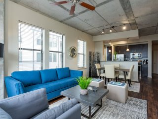 Spacious 2BR in Nashville - Amazing Location