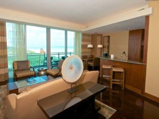 Ritz One Ball Harbor - 2BD/2.5BA Condo - Sleeps 5