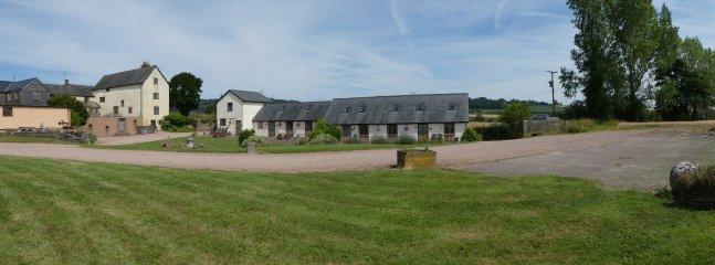 Lowe Farm & Much Dewchurch Holiday Cottages