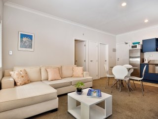1 Bedroom Auckland City Center Furnished Apartments