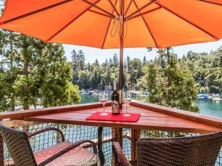 Emerald Bay Lakefront Lodge