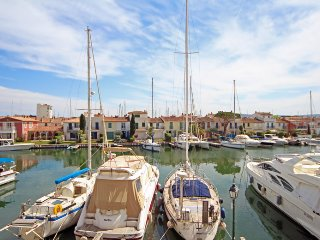 Apartment with terrace in Port Grimaud