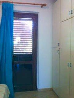 Entrada lateral a partir do quarto