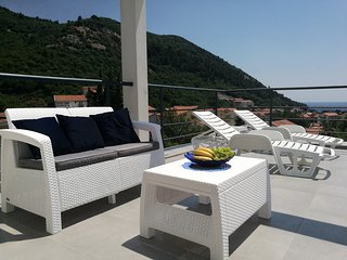 Beautiful penthouse with fantastic panoramic terrace