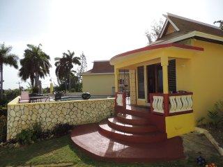 One Drop Villa with incredible ocean views!