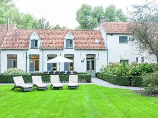 House in Bruges with Internet, Parking, Terrace, Garden (488072)