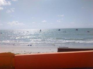 Casa por temporada a beira mar, na belissima praia de ponta de pedras