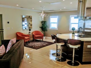Steve's Luxury Oasis in Downtown San Diego, The Best #1 rated Luxury Rental!