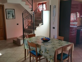 House in the center of Monte Migliore-la Selvotta with Air conditioning