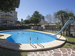 Spacious apartment in the center of Platja de l'Arenal with Internet, Washing ma