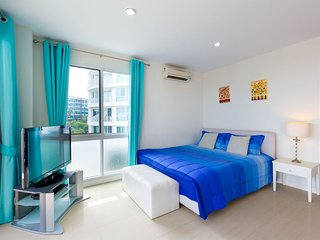 Two-Bedroom Apartment-Sea View:BCA Baan Poolom Beachfront Condominium,HuaHin