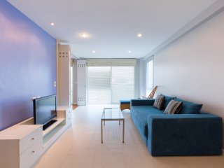 Two-Bedroom Apartment-Sea View:BCB Baan Poolom Beachfront Condominium,HuaHin