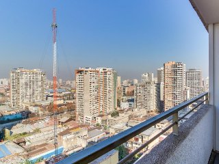 Chic apartment in the heart of Santiago w/ shared rooftop pool & private balcony