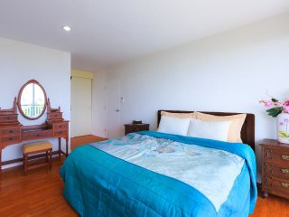 Two-Bedroom Apartment-Sea View:BDA Baan Poolom Beachfront Condominium,HuaHin