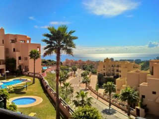 Lovely Penthouse Apartment- Coto Real Duquesa